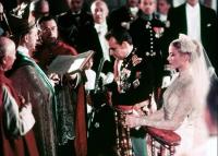 Grace Kelly ikonikus menyasszonyi ruhája