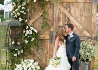 Esküvői fotófal – Különleges ötletek és hasznos tippek