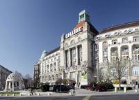 A városlátogatók és az esküvők menthetik a fővárosi hoteleket