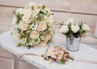 Esküvői virágdekoráció: mit, hogyan, mennyiért?